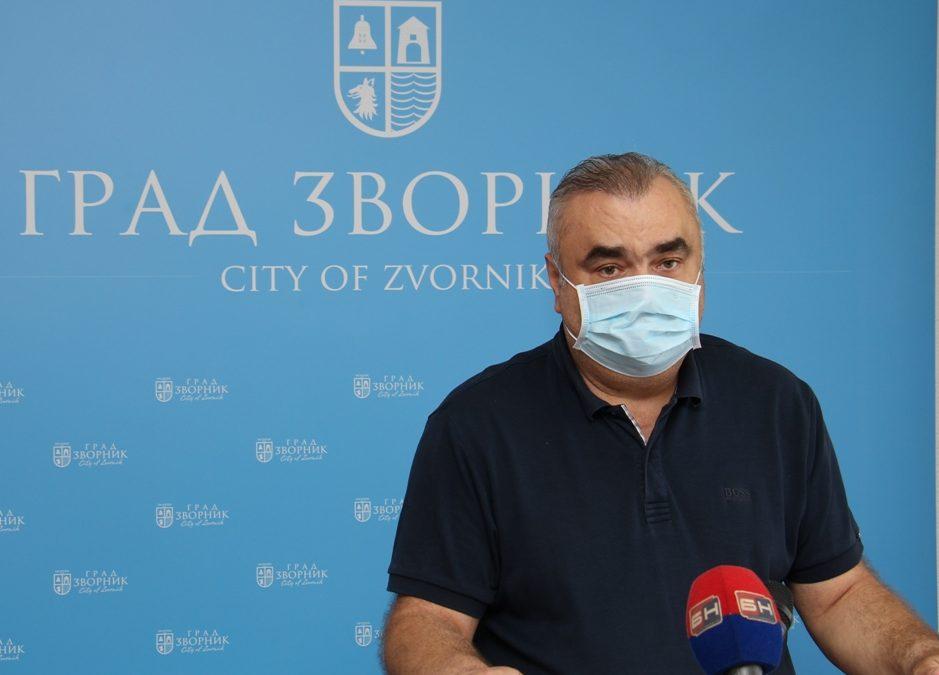 Градоначелник Стевановић упозорио грађане да се све мјере морају стриктно поштовати