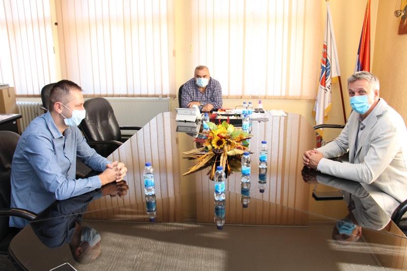 Град Зворник и Покрајински секретаријат за спорт и омладину Војводине заједно реконструишу кошаркашки терен
